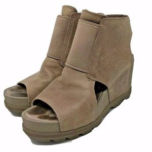 Sorel Ash Brown Leather Joanie II Cut-Out Wedges 9